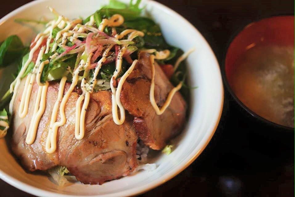 龍助丼(お味噌汁付き)